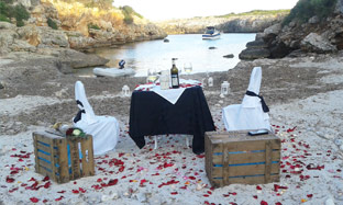 Exclusive Dinner on the Beach in Majorca